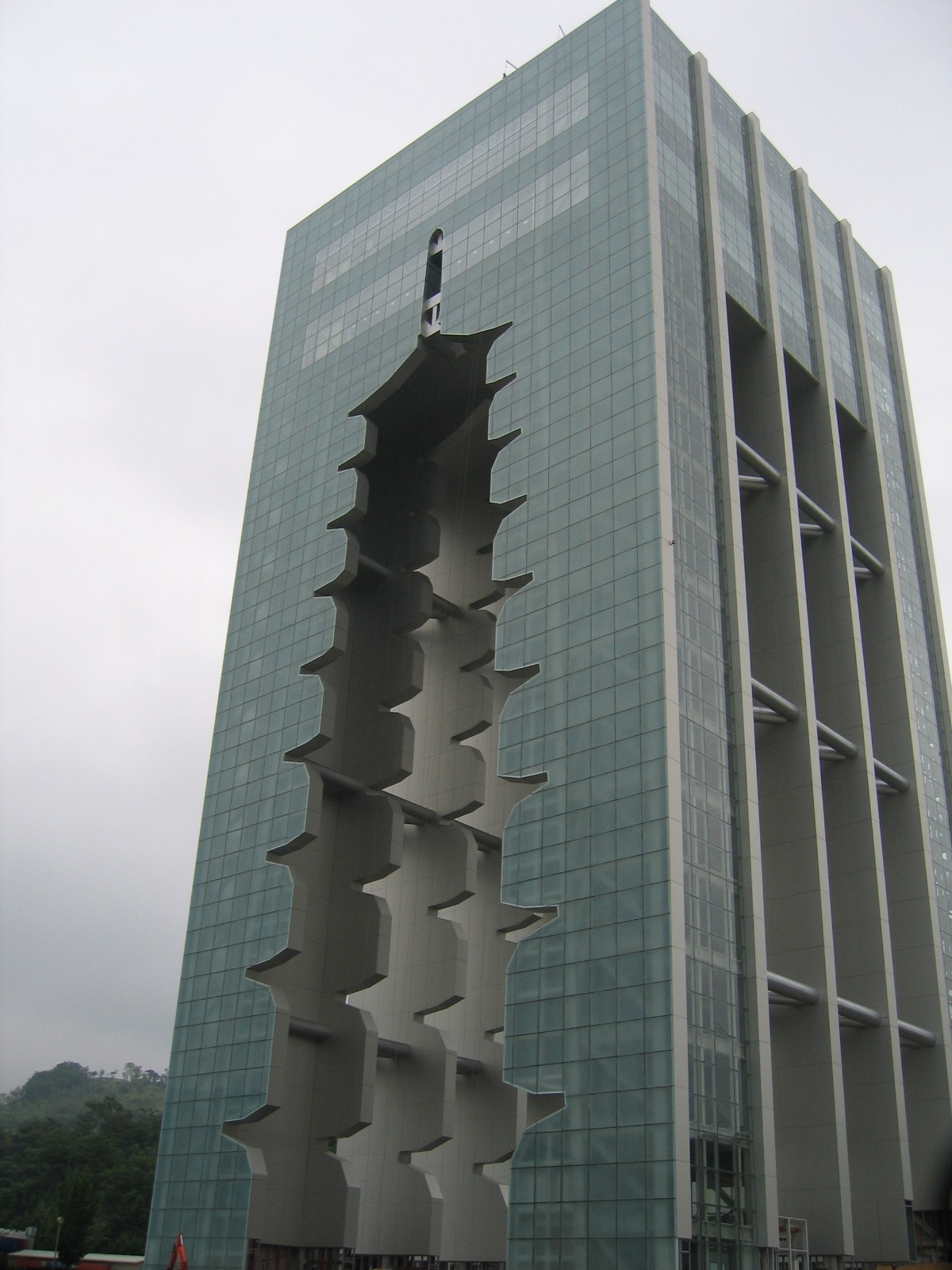Coil Anodized Aluminum Paneling Reflects Korean Culture