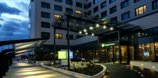 the holiday inn express at roissy cdg airport