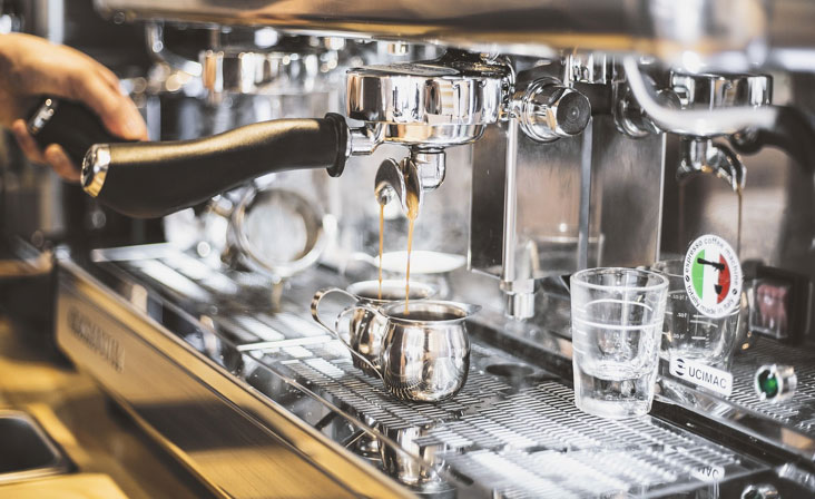 Commercial espresso coffee machines combined with trained baristas provide a more theatrical coffee experience for customers