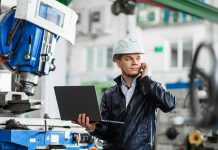 Messaging and visual collaboration tools help technicians complete assigned service tasks and pre-empt future service issues.
