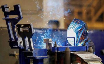 us manufacturing showing signs of recovery