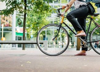 Community bike share programs are starting to see a renaissance as consumers opt for more open air commuting experiences.