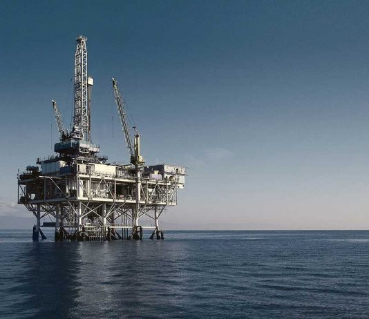 In order to comply with the specifications for the proportion of oil and grease residue in production-related waste water on oil platforms, an international energy company was looking for a way to reduce the proportion of TOG (total oil and grease) in its production facilities off the Brazilian coast. Source: gettyimages.com
