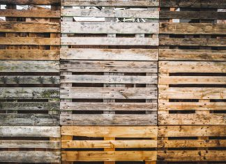 how to reuse old wood pallets