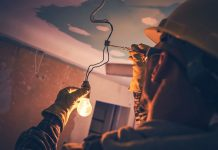 choosing the right electrical contractor