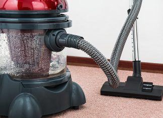 choosing cleaning service for business